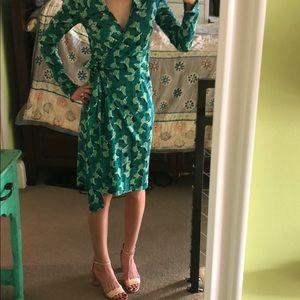 Vintage Green Butterfly DVF Wrap Dress  🦋